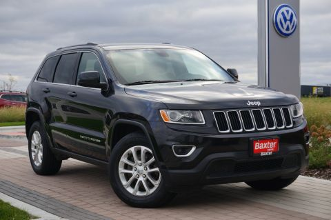 Pre-Owned 2015 Jeep Grand Cherokee Laredo - 4WD w/ 8.4in SCREEN