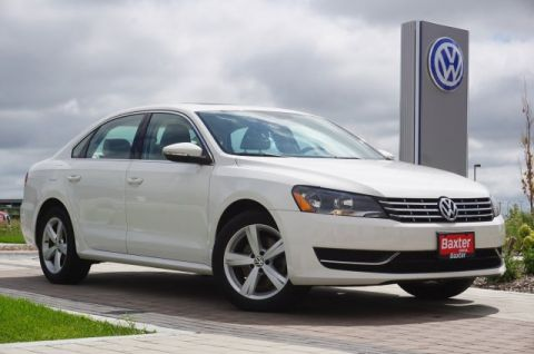 Certified Pre-Owned 2012 Volkswagen Passat 4dr Sdn 2.0L DSG TDI SE w/Sunroof